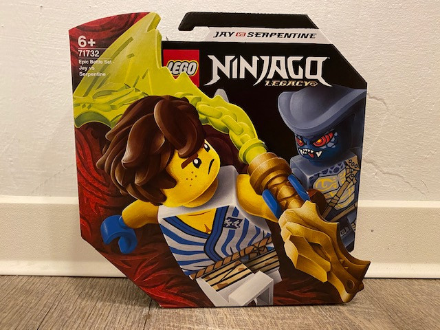 LEGO Ninjago Battle Set: Jay vs. Serpentine